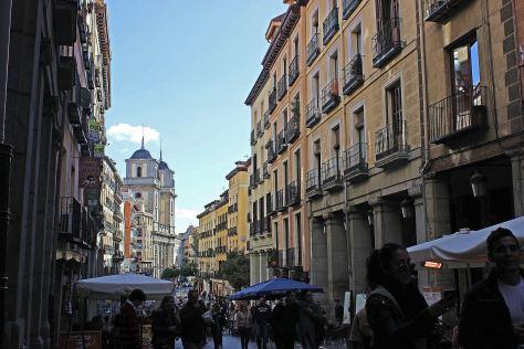high alleys in la latina